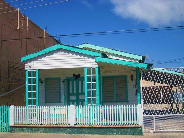 Casas de madera estilo anglo-caribeño