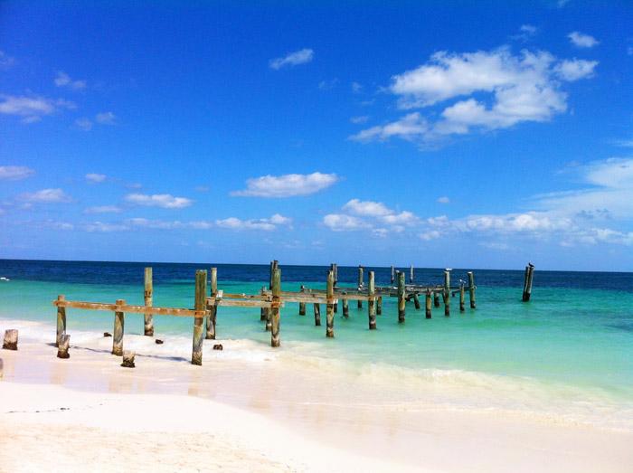 Embarcaderos en las playas de Riviera Maya