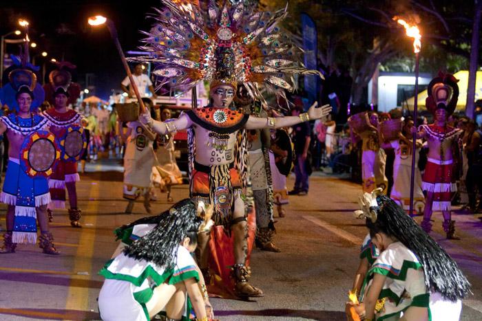 Desfile en el Carnaval de Mérida
