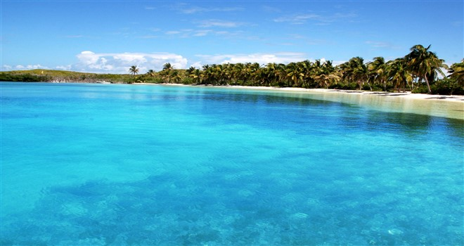 Las maravillosas aguas de tonalidades turquesas en Islas Contoy
