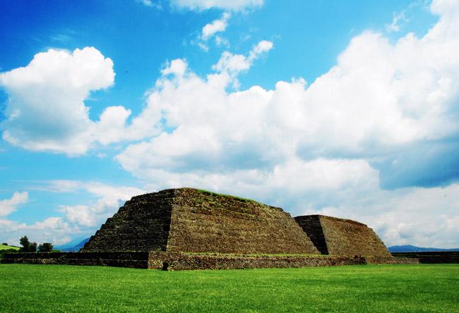 Pirámides de Ihuatzio