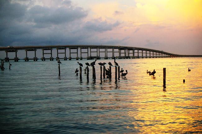 Puente hacia la isla de Ciudad del Carmen