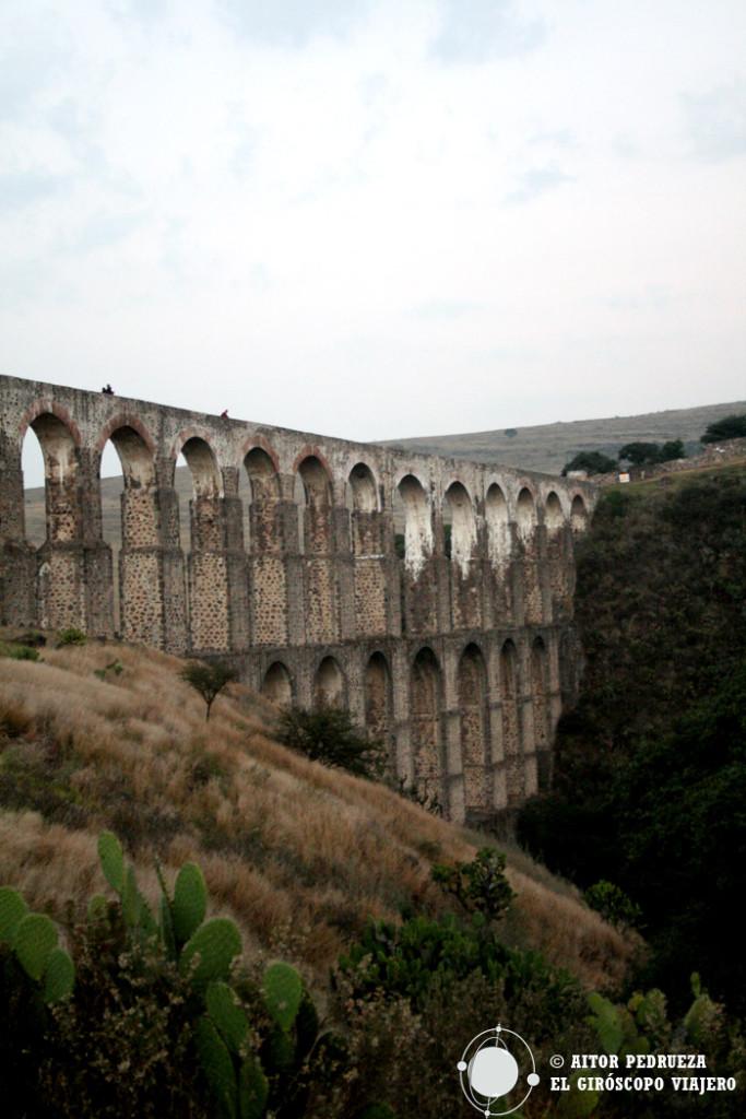 Acueducto de Arcos del Sitio