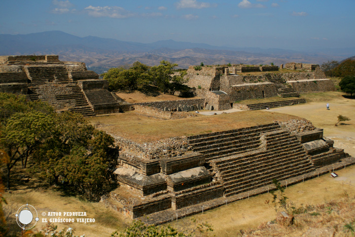 Zona arqueológica de Monte Albán en Oaxaca