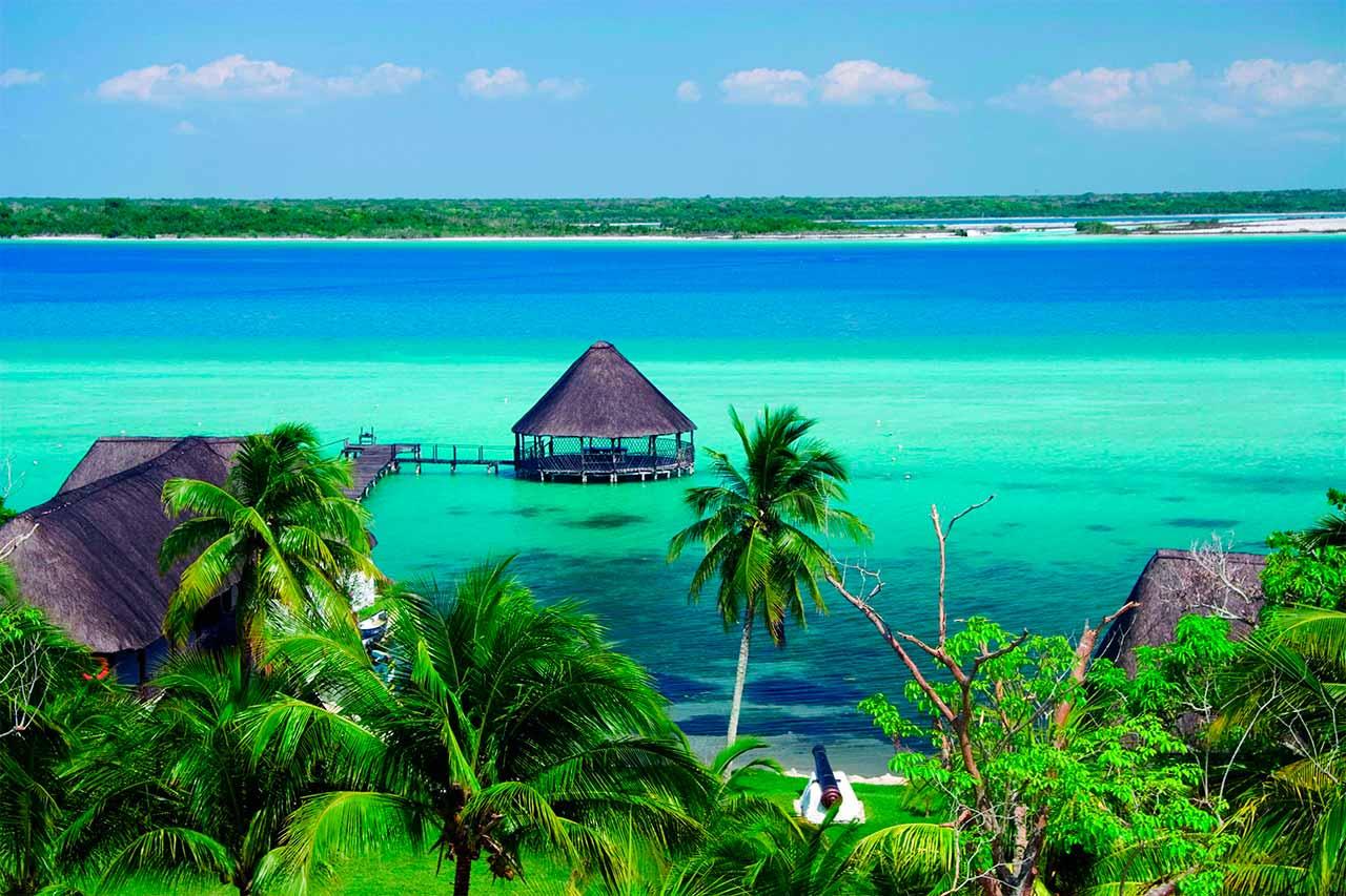 Bacalar, la laguna de los 7 colores | México | Tours y excursiones