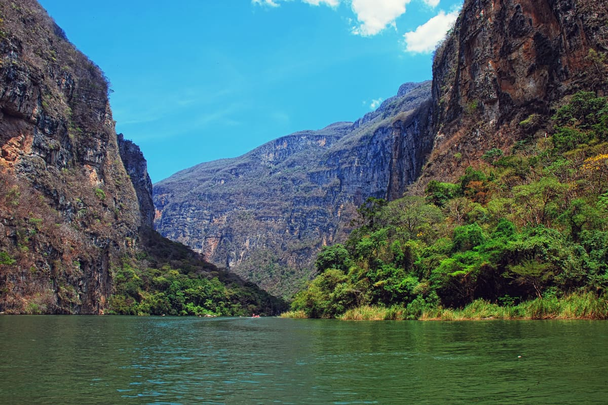 Excursión en barco por el cañón del Sumidero