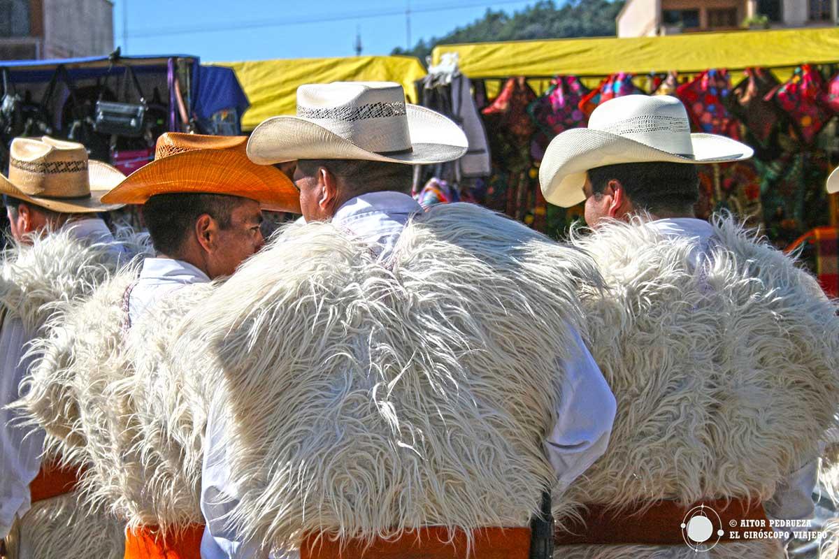 Mayoles chamulas en el mercado